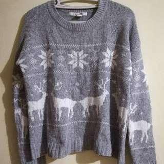 Forever 21 Knitted Pullie