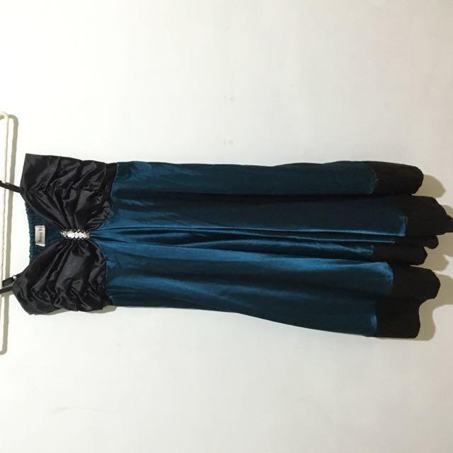 緞面絲質晚禮服(深綠)