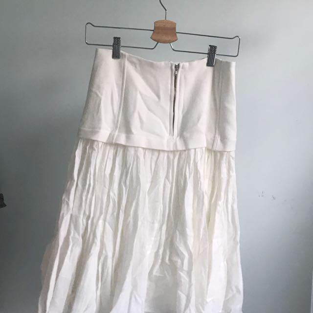 東大門白色斯文傘裙