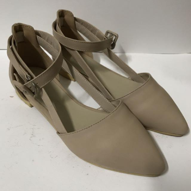 🇰🇷購入 綁帶尖頭鞋