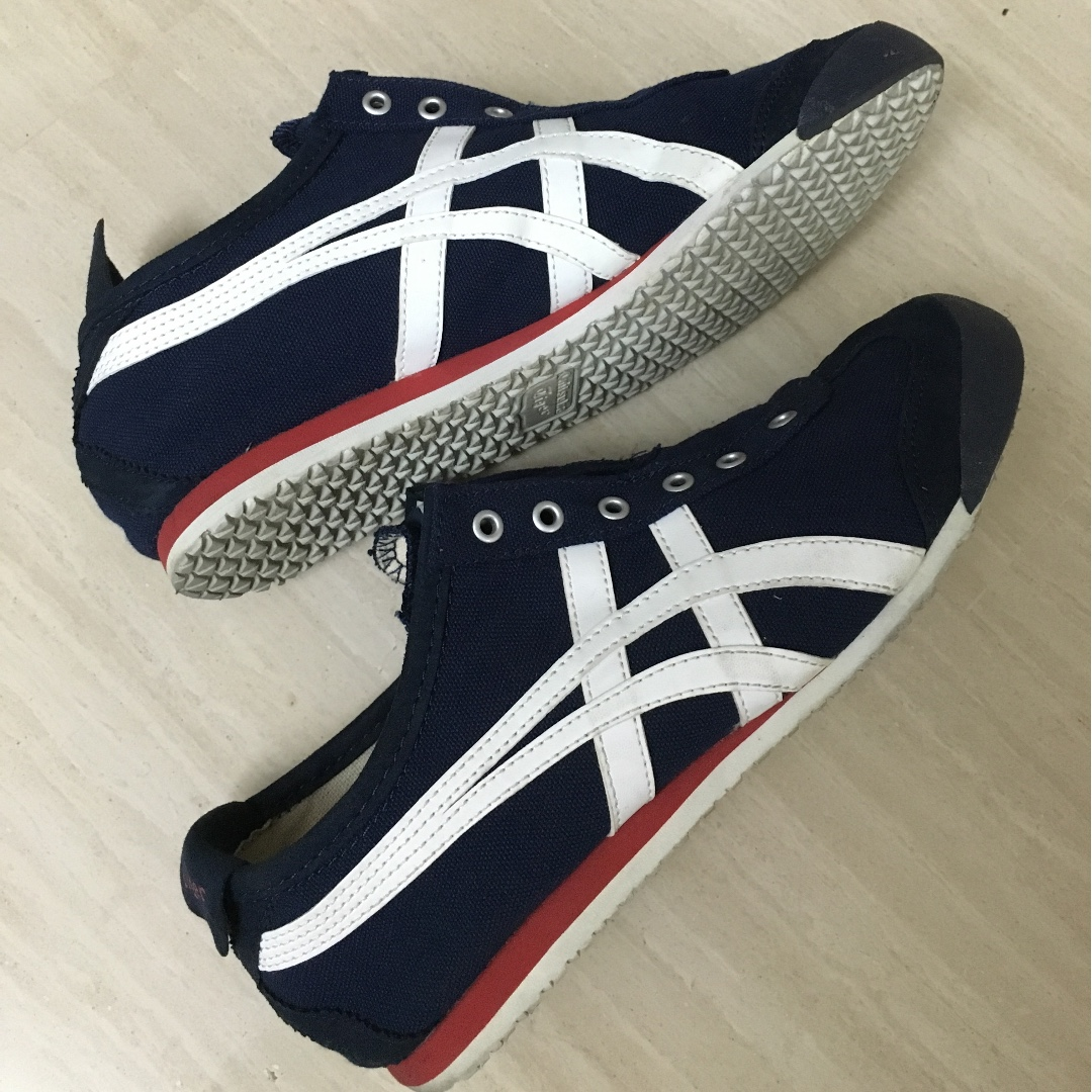 the best attitude a946e 4b597 Asics Onitsuka Tiger MEXICO 66 SLIP-ON TH3K0N Navy/Off white ...