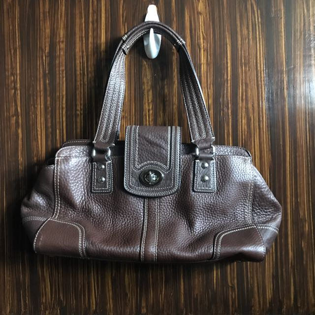 Authentic Coach Hamptons purse (barely used)