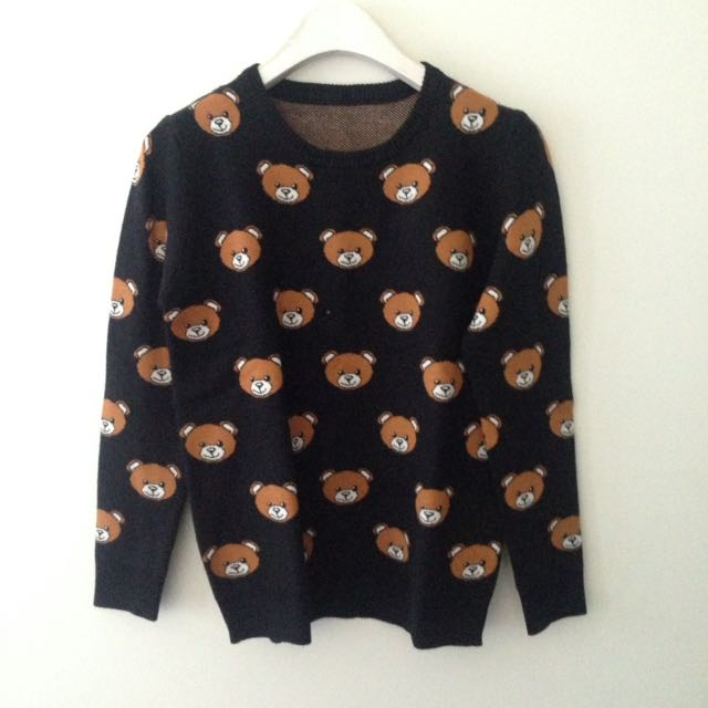 Bear knit top