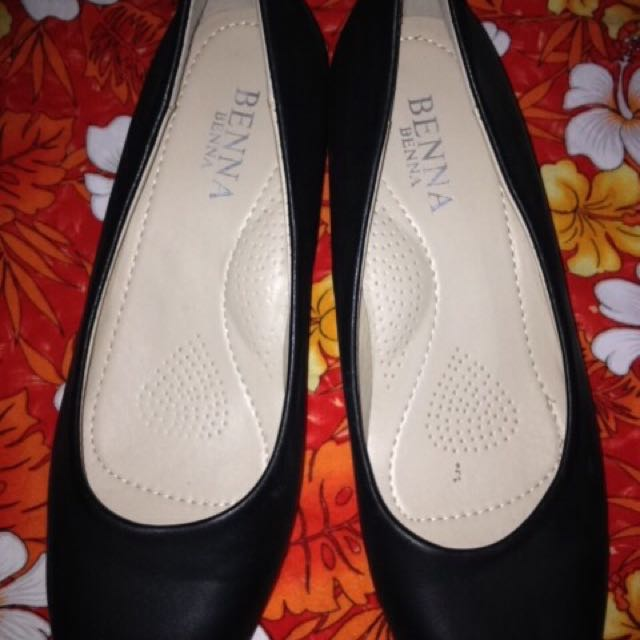 Benna Shoes