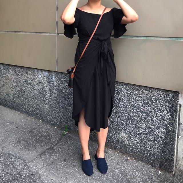 Black off shoulder dress Small Mendocino