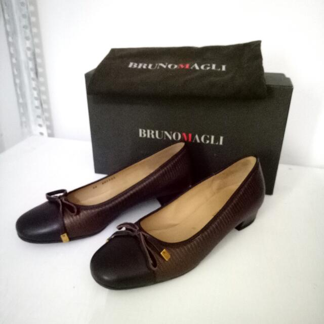 REPRICE! Bruno Magli Leather Shoes Sz 36