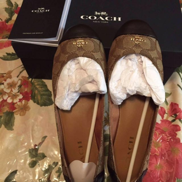 coach authentic never worn price negotiable size 8