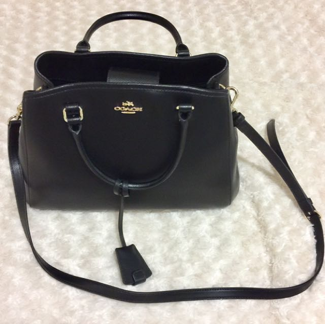 Coach Small Margot Carryall in Black leather