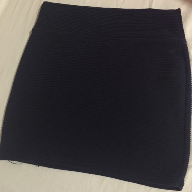 Cotton on Navy Blue fitted skirt