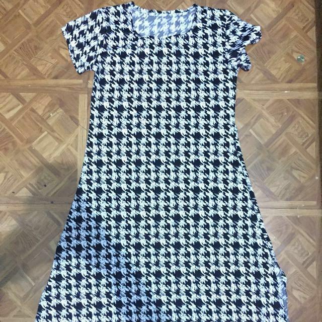 Dress with side slits