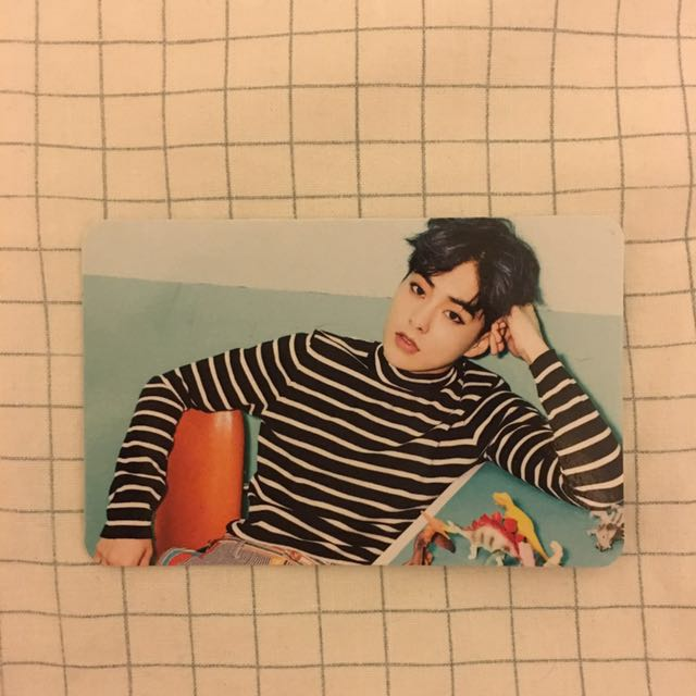 EXO Xiumin Love Me Right ~Romantic Universe~ Japan Official Photocard