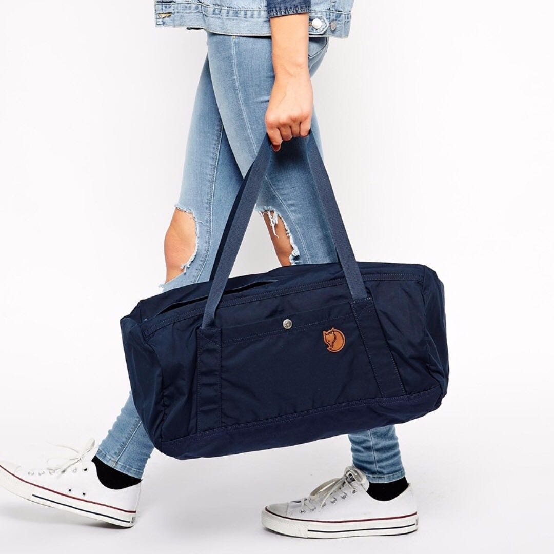 FJALLRAVEN No. 5 Duffel Bag in Navy