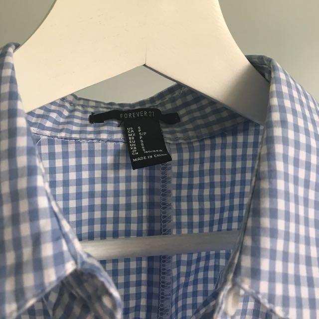 Forever 21 粉藍色格子短身蝴蝶結襯衫