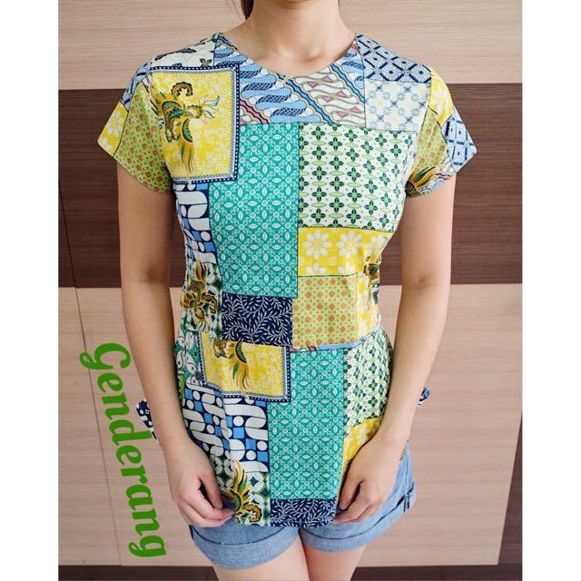 GENDERANG batik top