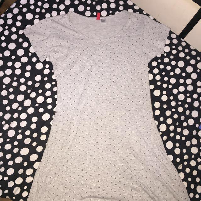 H&M Gray Short-sleeved Dress