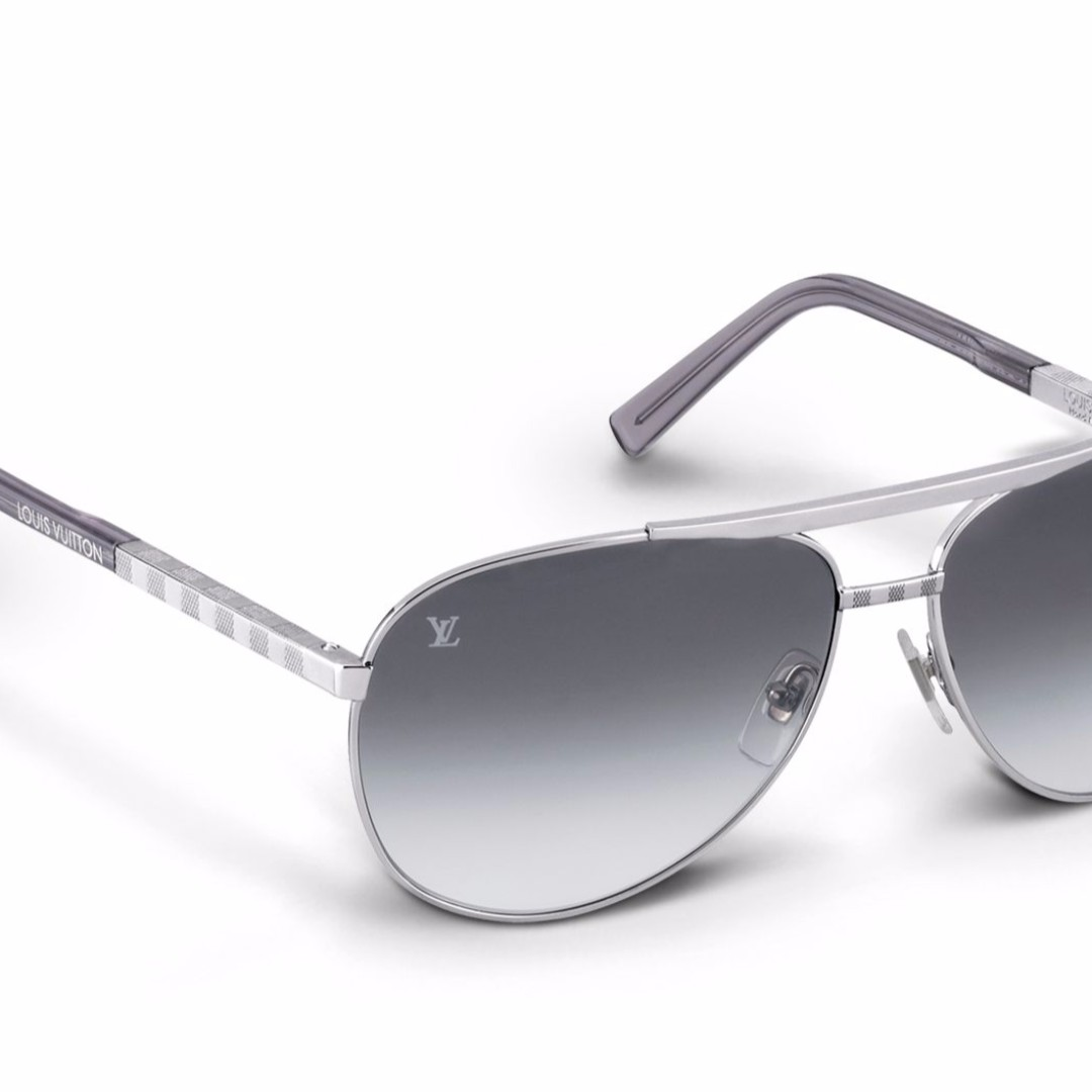 f163e19015 Louis Vuitton Attitude Pilote Sunglasses