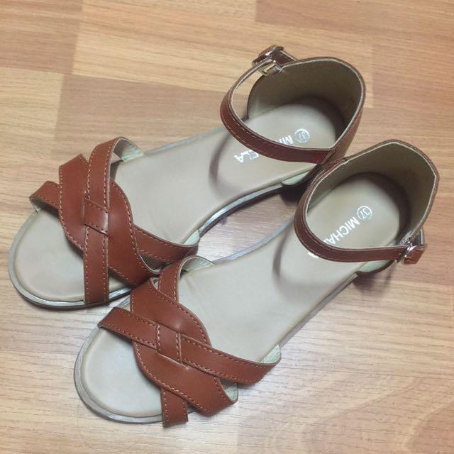 MICHAELA Brown Sandals
