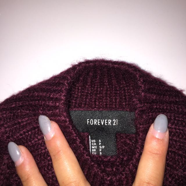 Never Worn size small forever 21 turtleneck sweater
