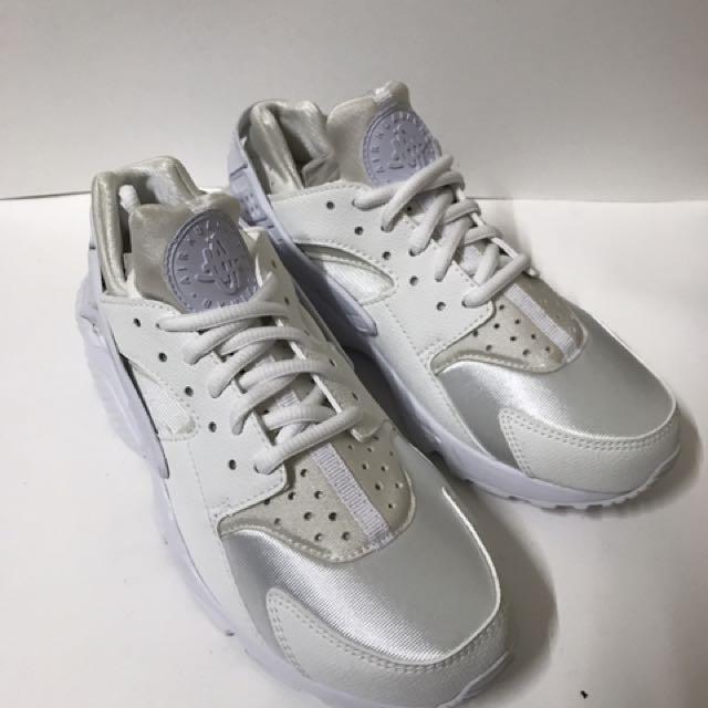 Nike air huarache run 白武士 一代