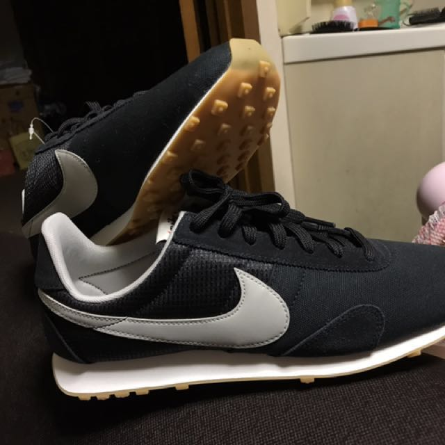 cheaper 7d4aa 75836 NIKE pre Montreal racer vntg, Women s Fashion, Shoes on Carousell