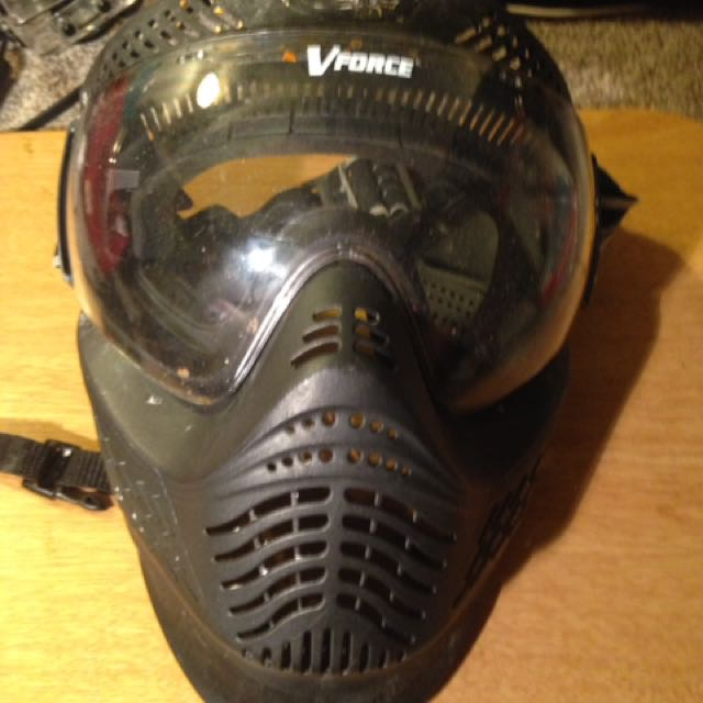 Paintball Facemask with neckguard