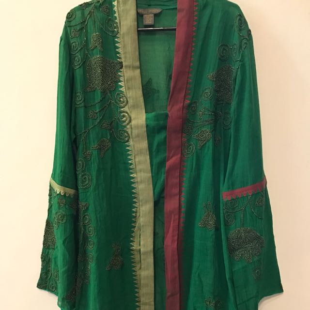 Paul Robb Ethnic Outer