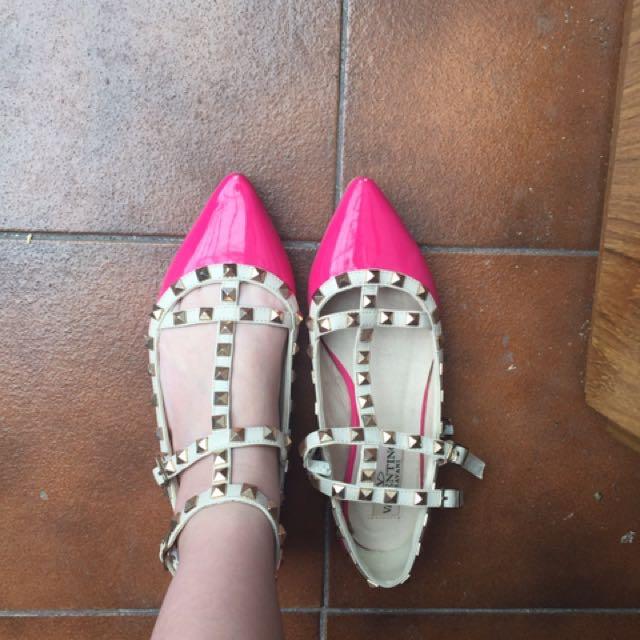 Pink V Shoes