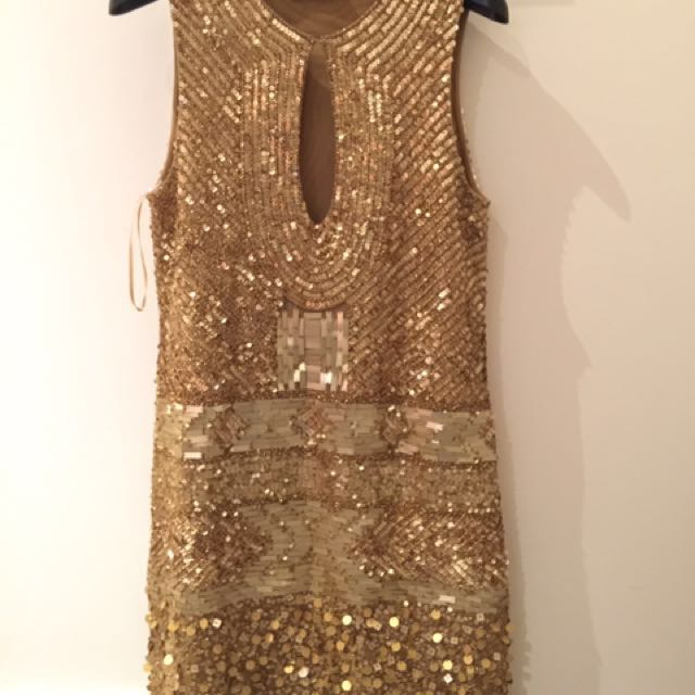Preloved beautiful dress made by designer from malaysia