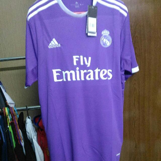 hot sale online 09bfb c24e4 Real Madrid 2016/2017 Away Kit (Fake)