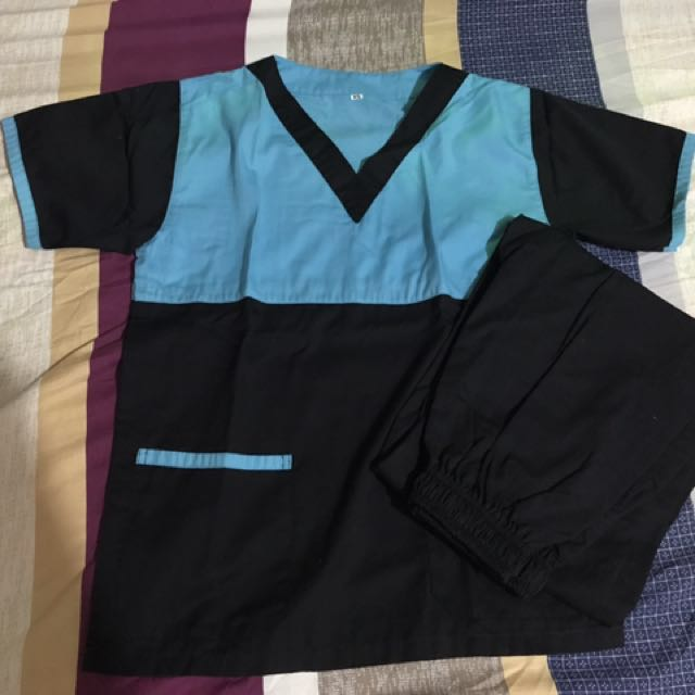 Scrubs (pair)