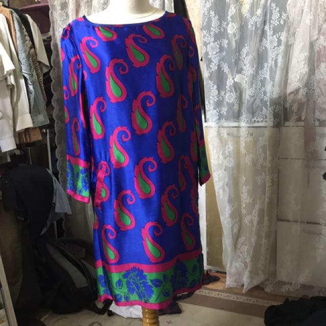 silk dress by kmpng butik