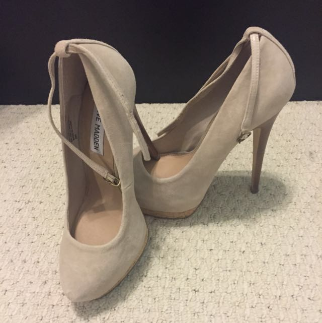 Steve Madden Pumps With Straps