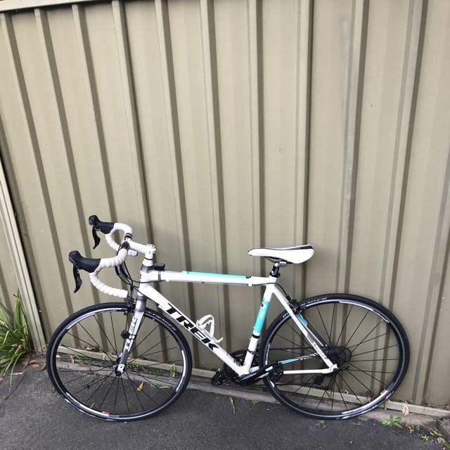 TREK 2.1 road Bike