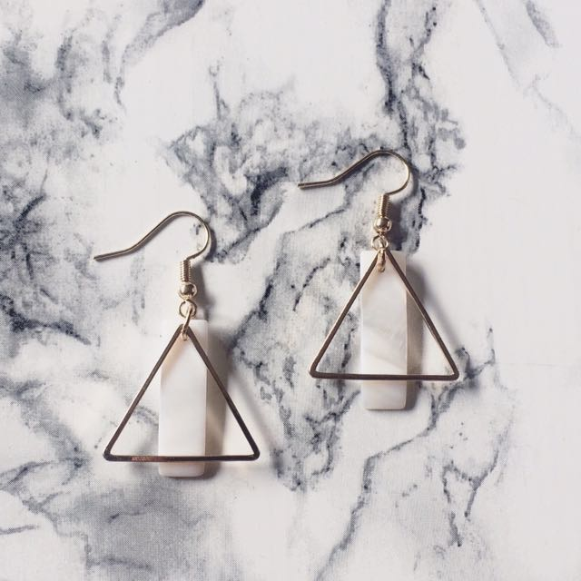 Triangle Shape w/ Shell Earring