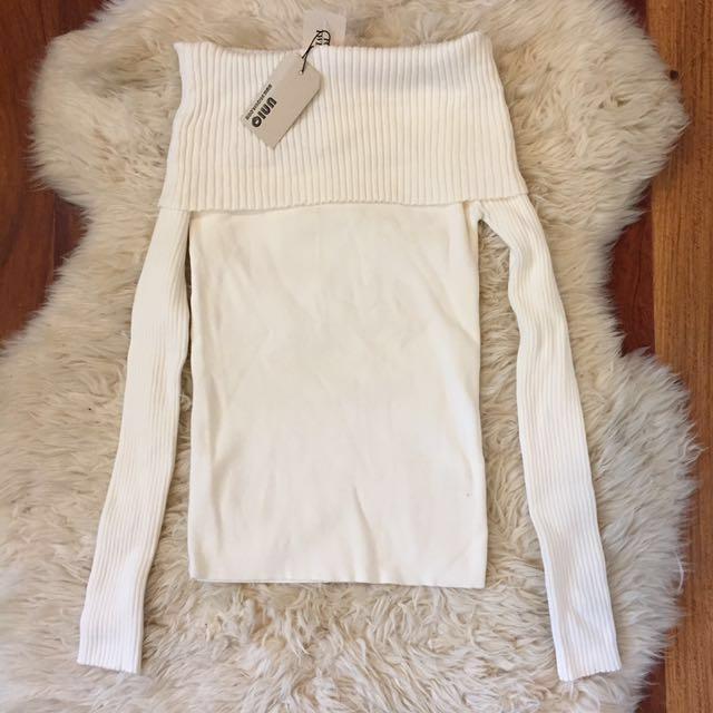 Uniq Off The Shoulder Sweater