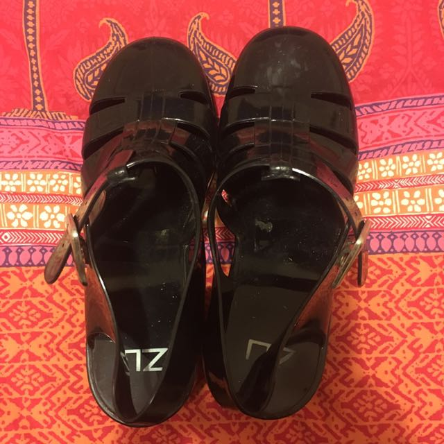 Zu Black Jelly Sandals