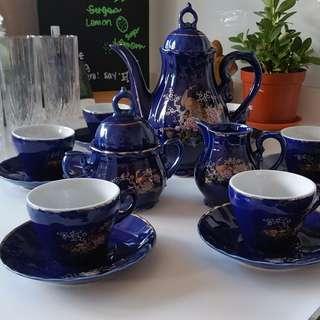 [Must Go!] Blue Oriental Porcelain Tea Set