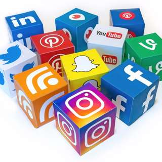 How to use social media to make income?