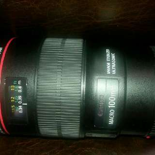 Canon EF 100mm f/2.8L IS USM Macro Lens for Canon