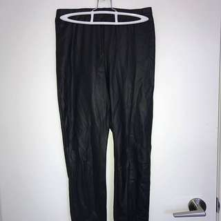 Highwaisted pleather leggings size small