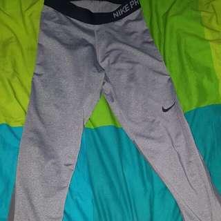 Grey Nike Activewear Capri Leggings