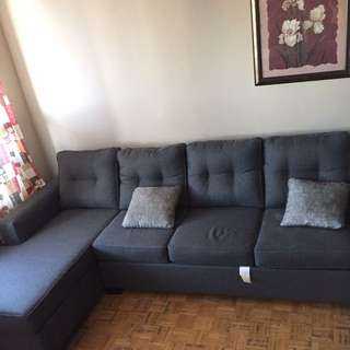 Selling sectional Couch