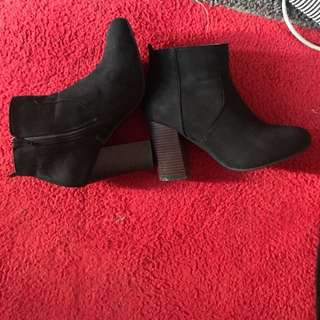 Black ankle boot heels