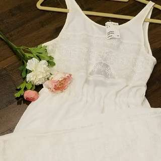 NEW Beautiful White Maxi Lace Slit Dress