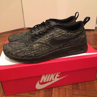 Nike Air Max Thea Black/Gold