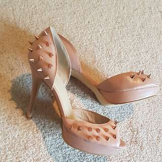 Wittner Blush Pink Leather Stilettos With Rose Gold Spike Studs Sz 41 Or 10