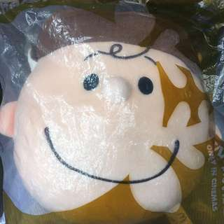 Snoopy麥當勞Charlie Brown cushion