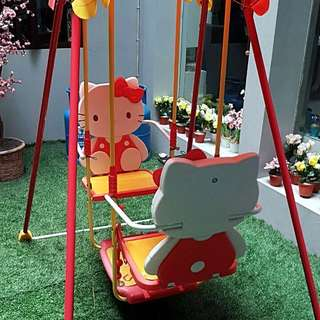 Hello Kitty Swing