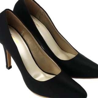 High Heels CLAYMORE