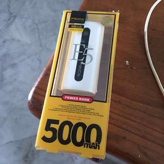 Portable charger 5000mAh